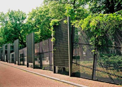 Layered fencing Doelenpark
